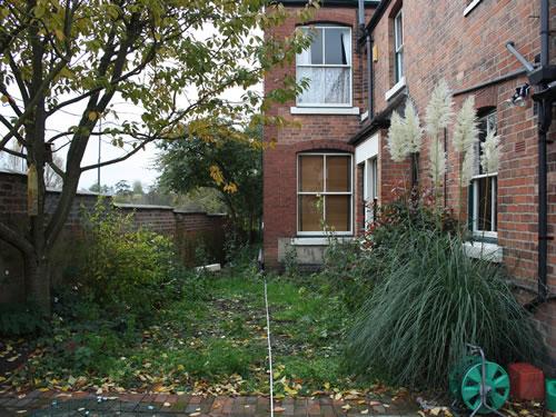 Victorian house garden designer garden design derbyshire for Garden design derbyshire